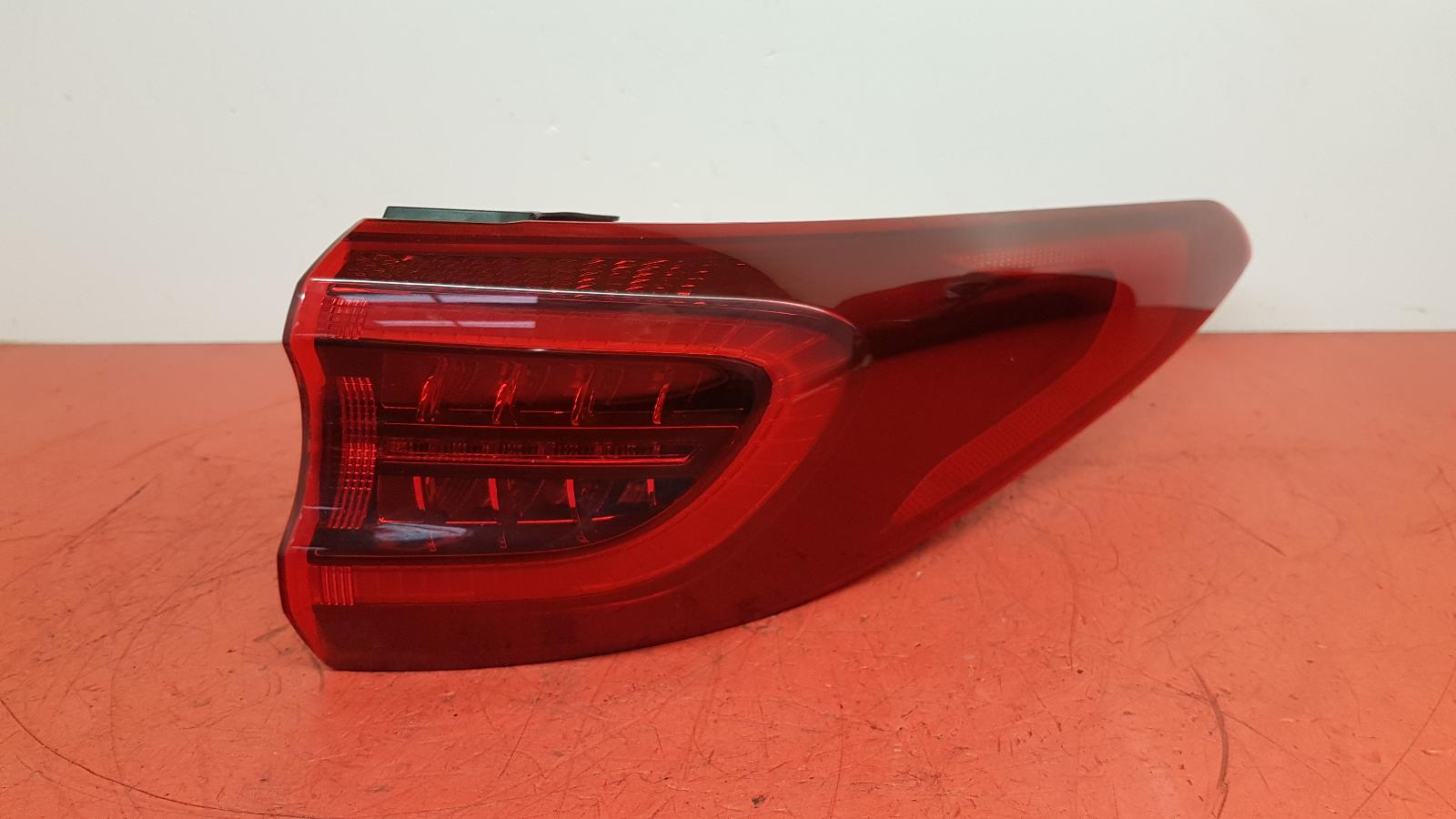 View Auto part R Taillight Kia Sportage 2018