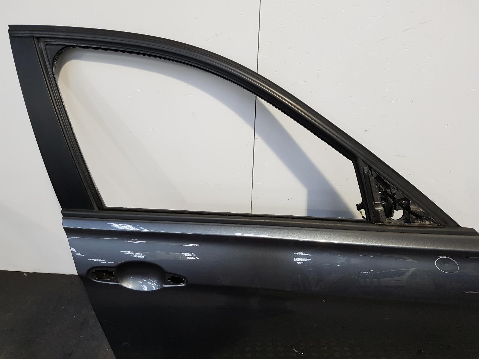 View Auto part R Front Door Bmw 3 Series 2014