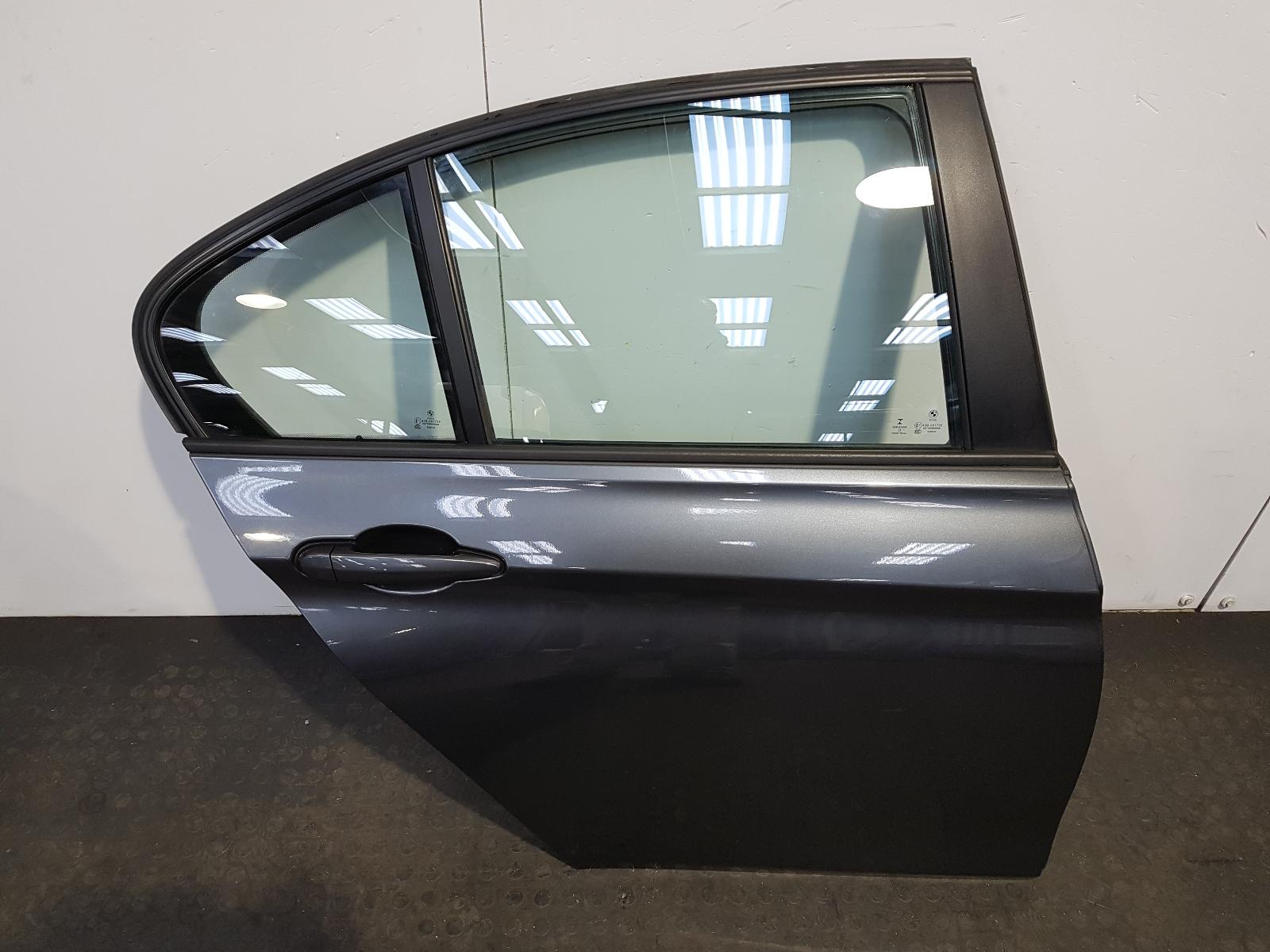 View Auto part R Rear Door Bmw 3 Series 2014