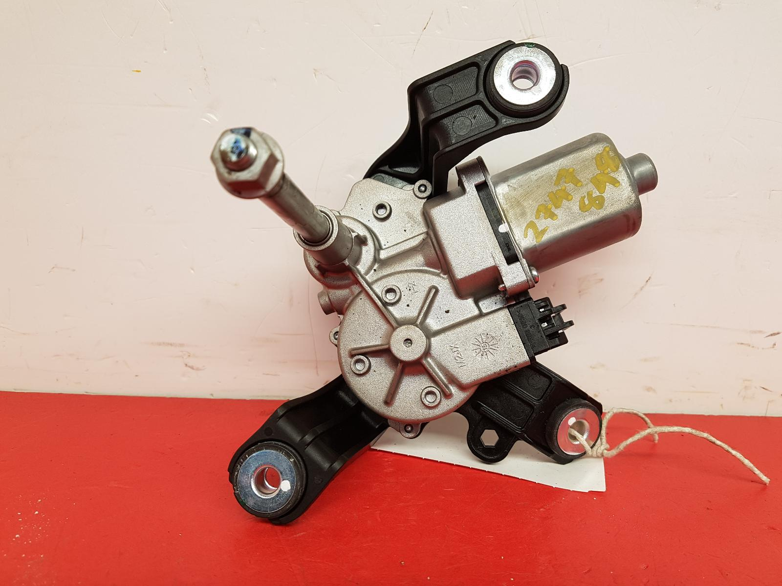 View Auto part Wiper Motor Rear Vauxhall Viva 2016