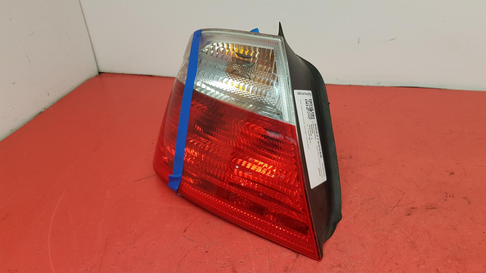 View Auto part L Taillight Bmw 3 Series 2002