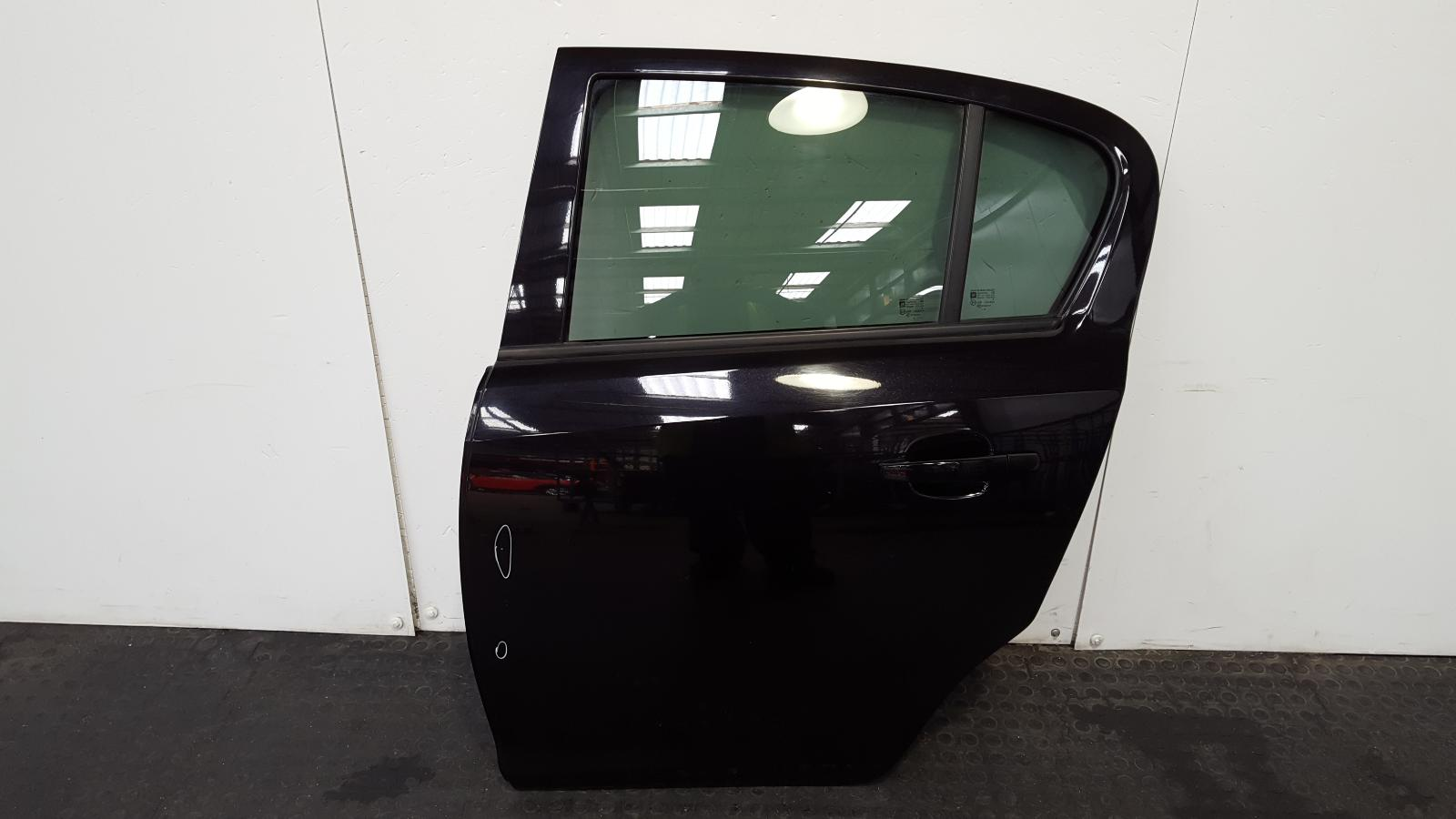 View Auto part L Rear Door Vauxhall Corsa 2009