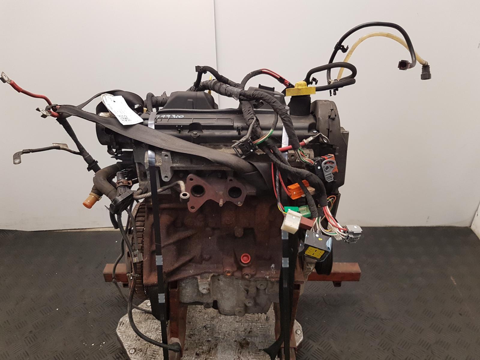 View Auto part Engine Renault Kangoo 2011