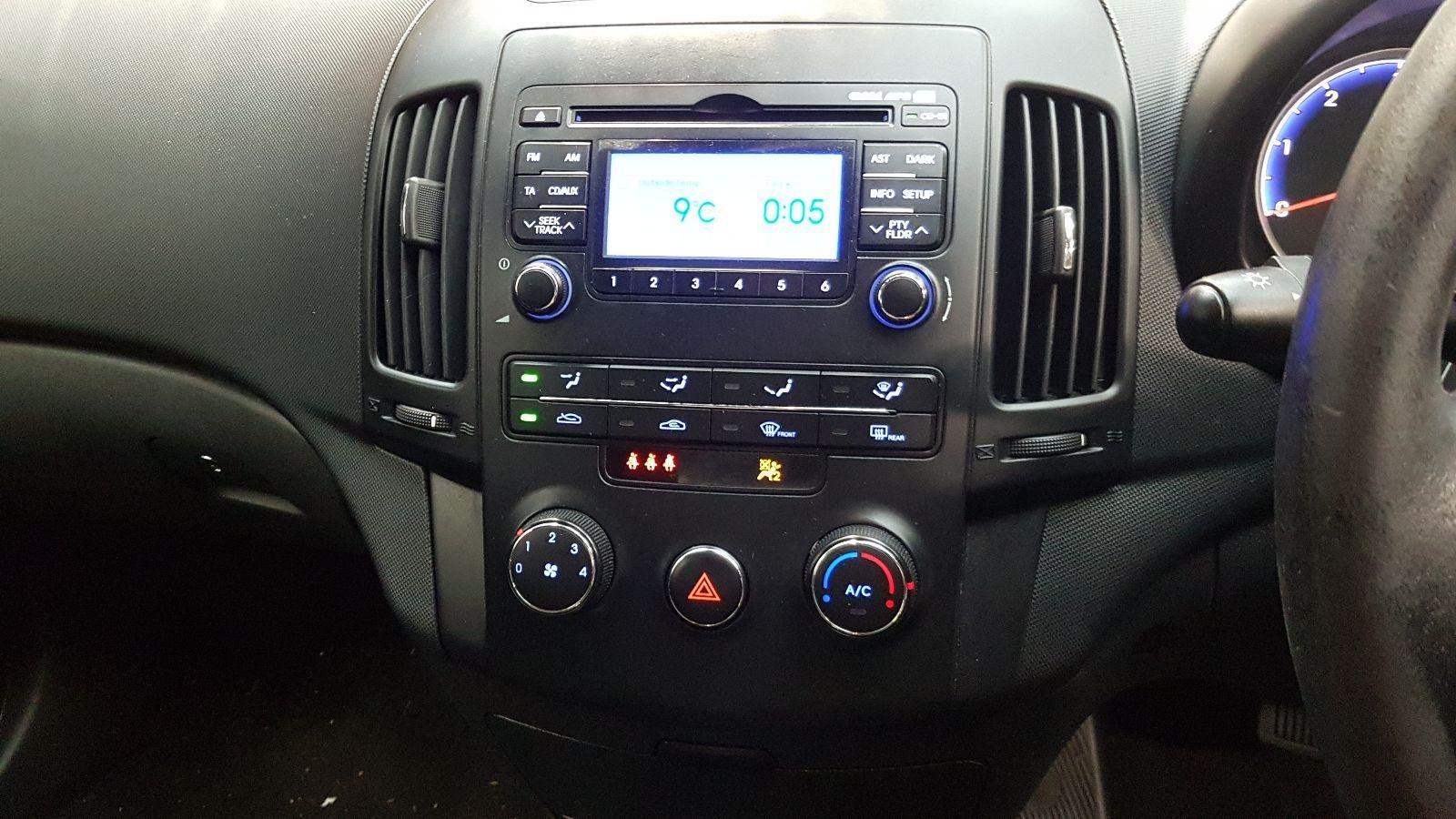 View Auto part Starter Motor Hyundai I30 2011