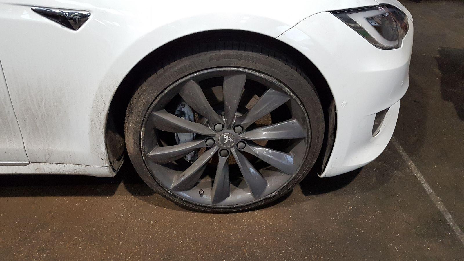 View Auto part Tesla Model S 2017 5 Door Hatchback