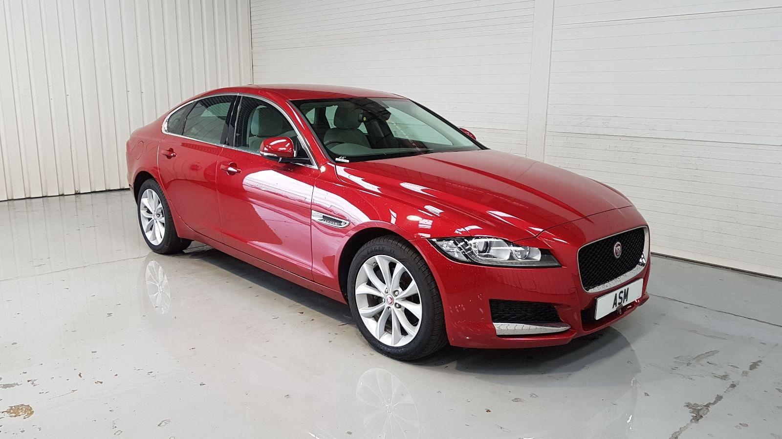 Image for a Jaguar Xf 2017 4 Door Saloon