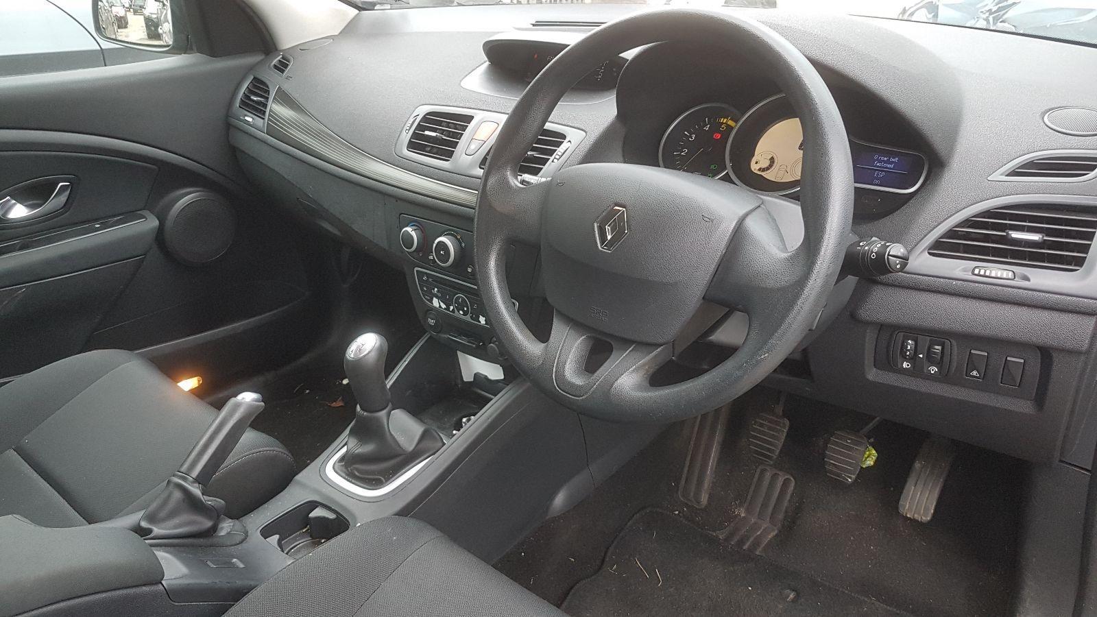 View Auto part Renault Megane 2010 5 Door Hatchback