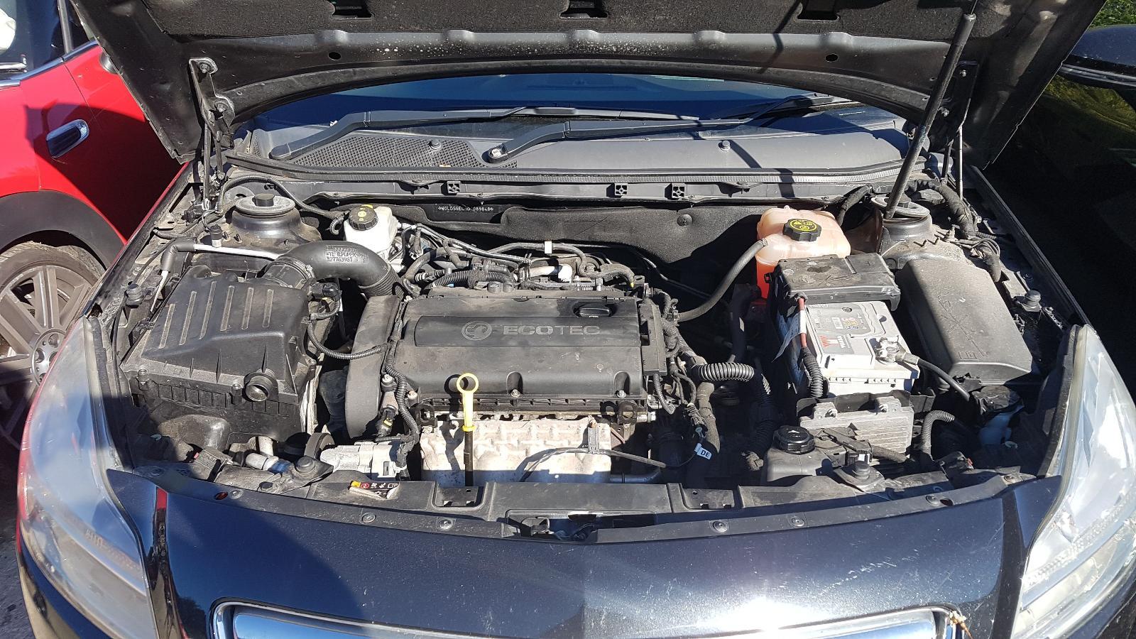 View Auto part Vauxhall Insignia 2013 5 Door Hatchback