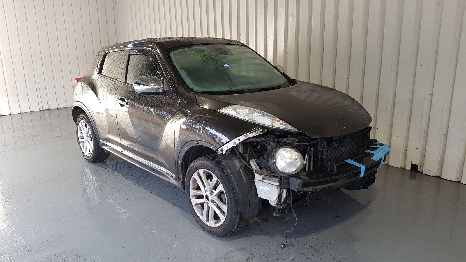 Image for a Nissan Juke 2010 5 Door Hatchback Breaking