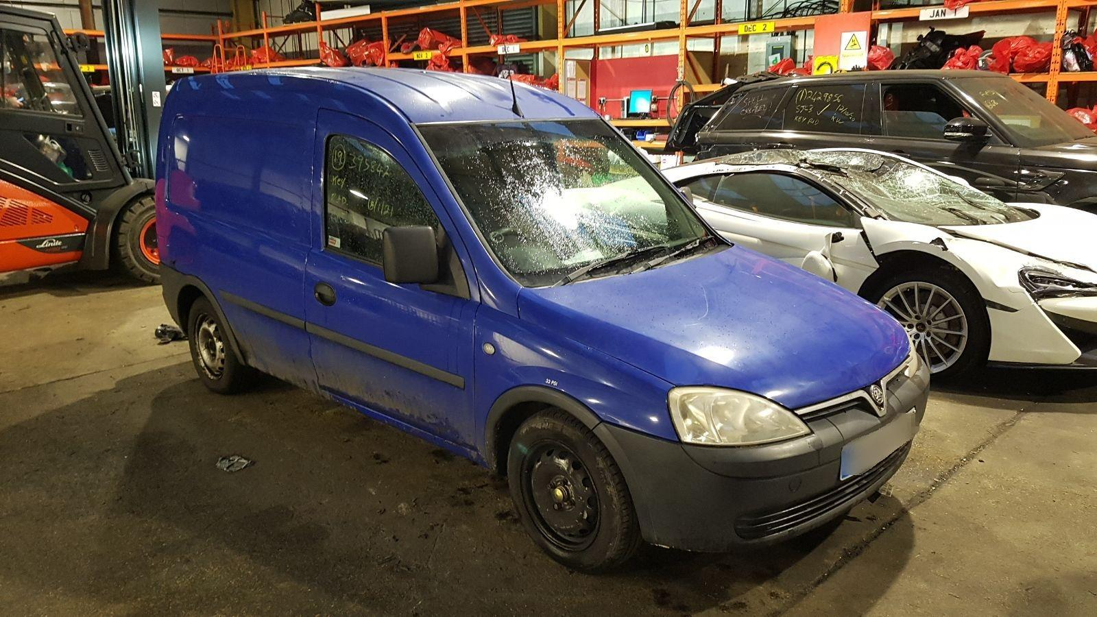 Image for a Vauxhall Combo 2004 Unknown Van Breaking