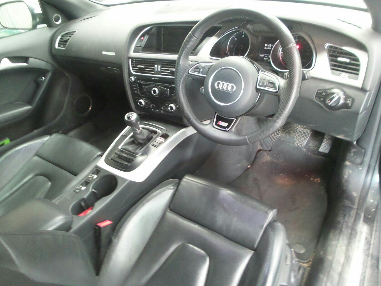 View Auto part Engine Audi A5 2013