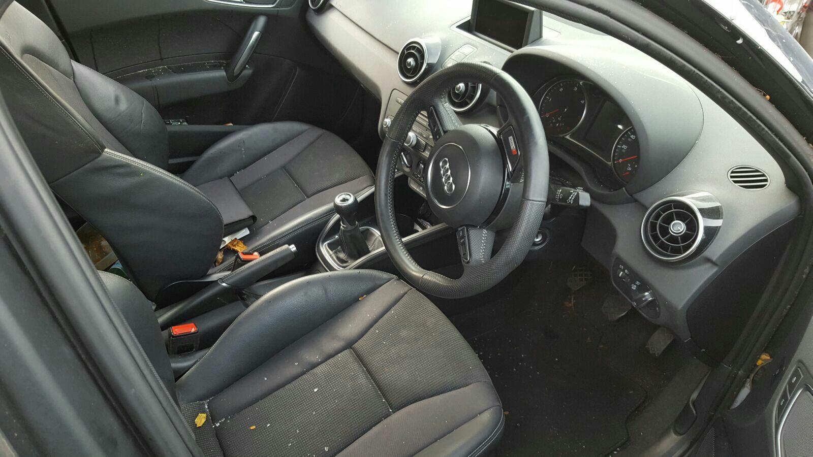View Auto part LR Window Regulator Audi A1 2013