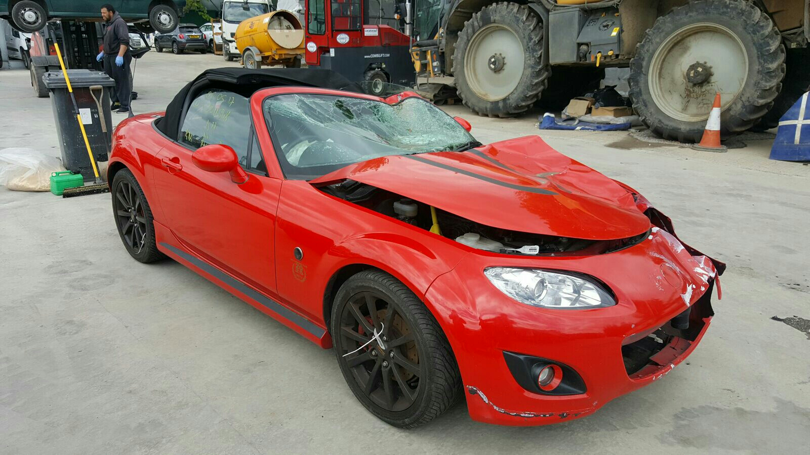 Image for a Mazda Mx5 2005 2 Door Bodystyle Convertable