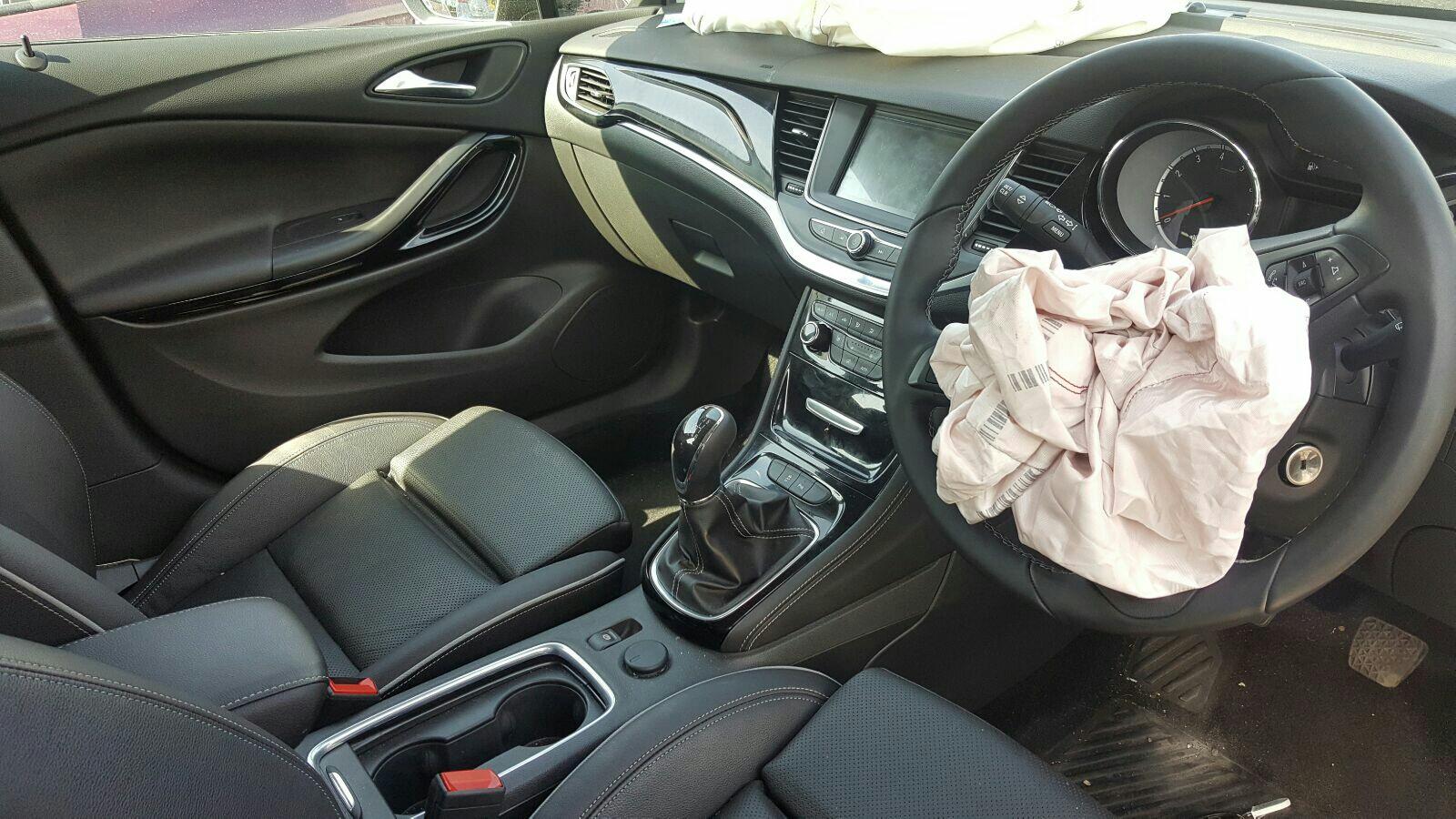 View Auto part Fuel Pump Vauxhall Astra 2016
