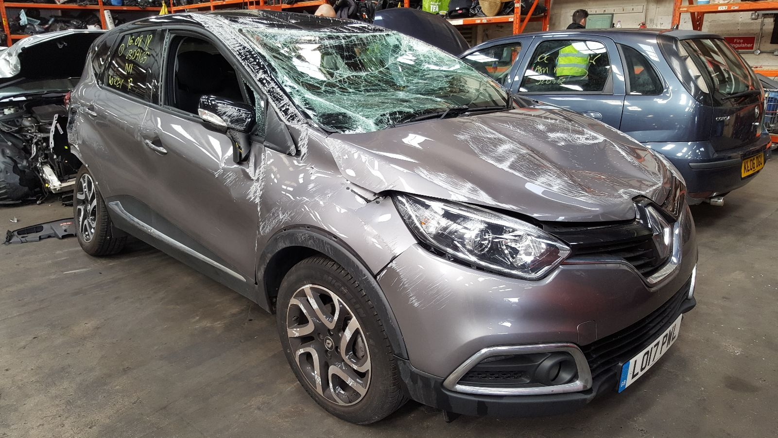 View Auto part Renault Captur 2017 5 Door Hatchback