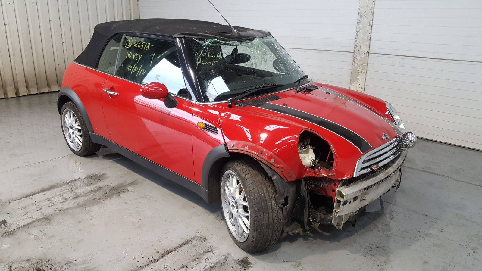 Image for a Mini (bmw) Mini 2004 2 Door Bodystyle Convertable