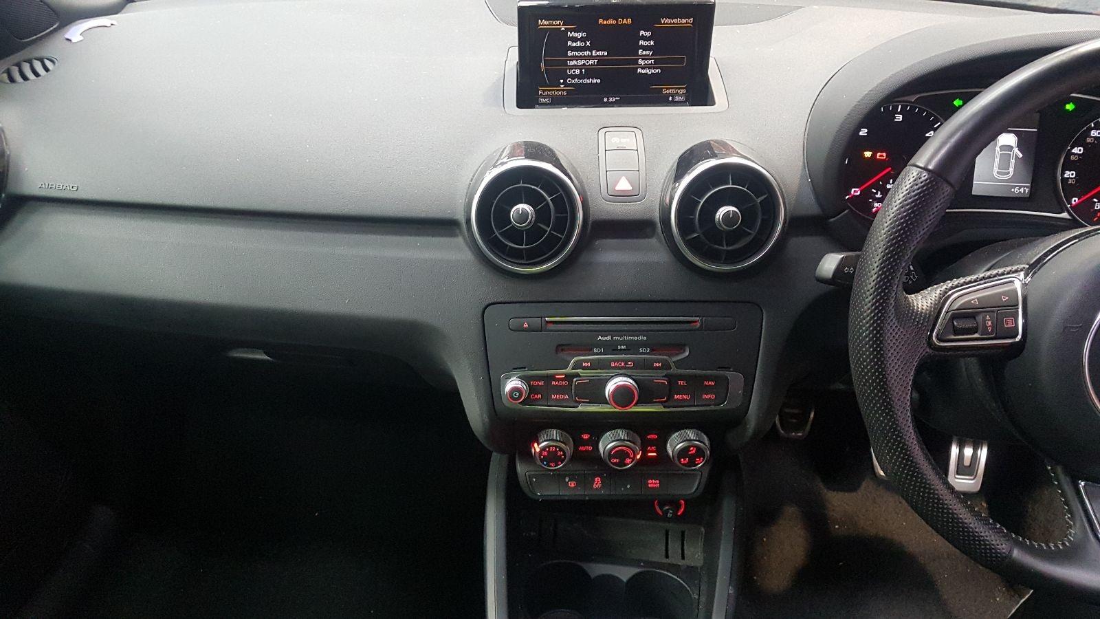 View Auto part L Door Mirror Audi A1 2015