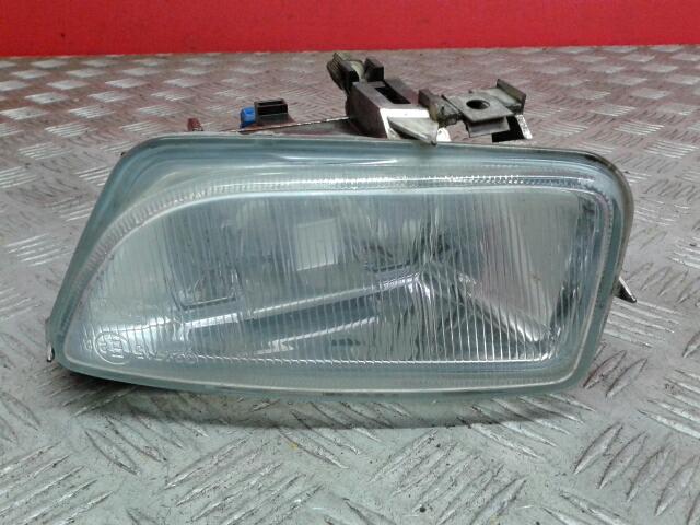 View Auto part Fog Lamp Citroen Saxo 2000