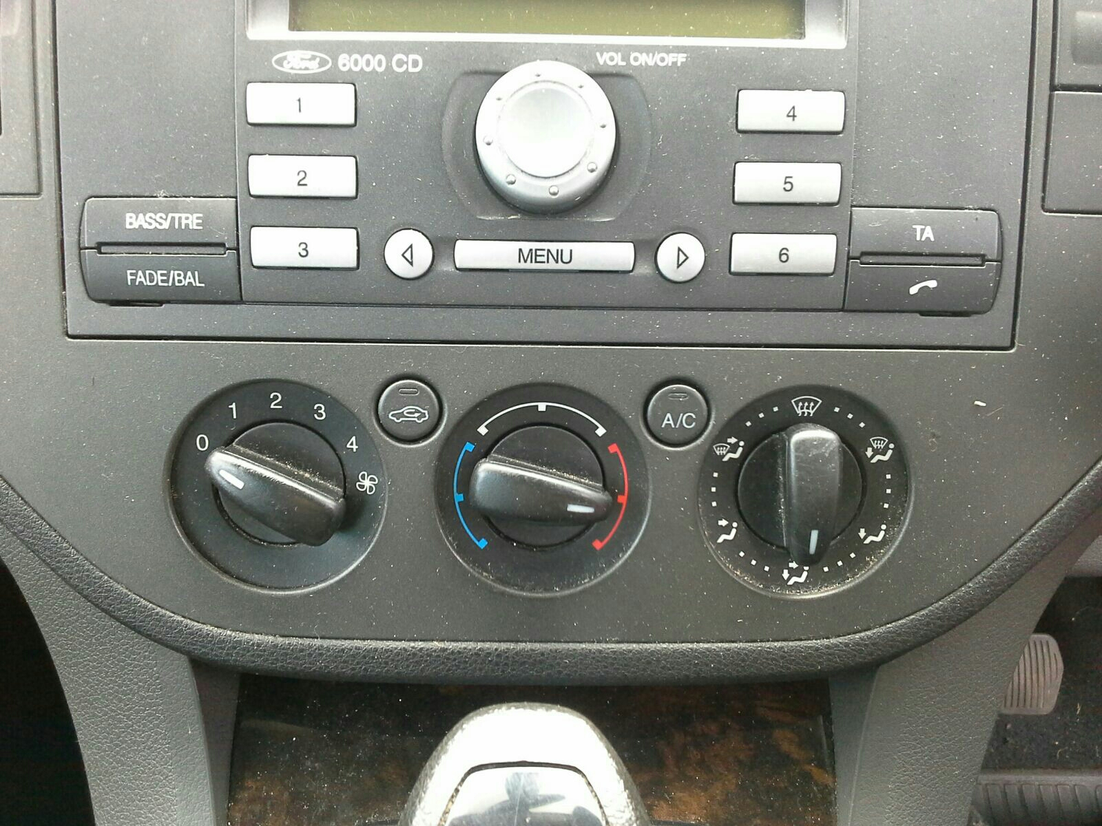 View Auto part Heater/AC Controller Ford Focus 2006