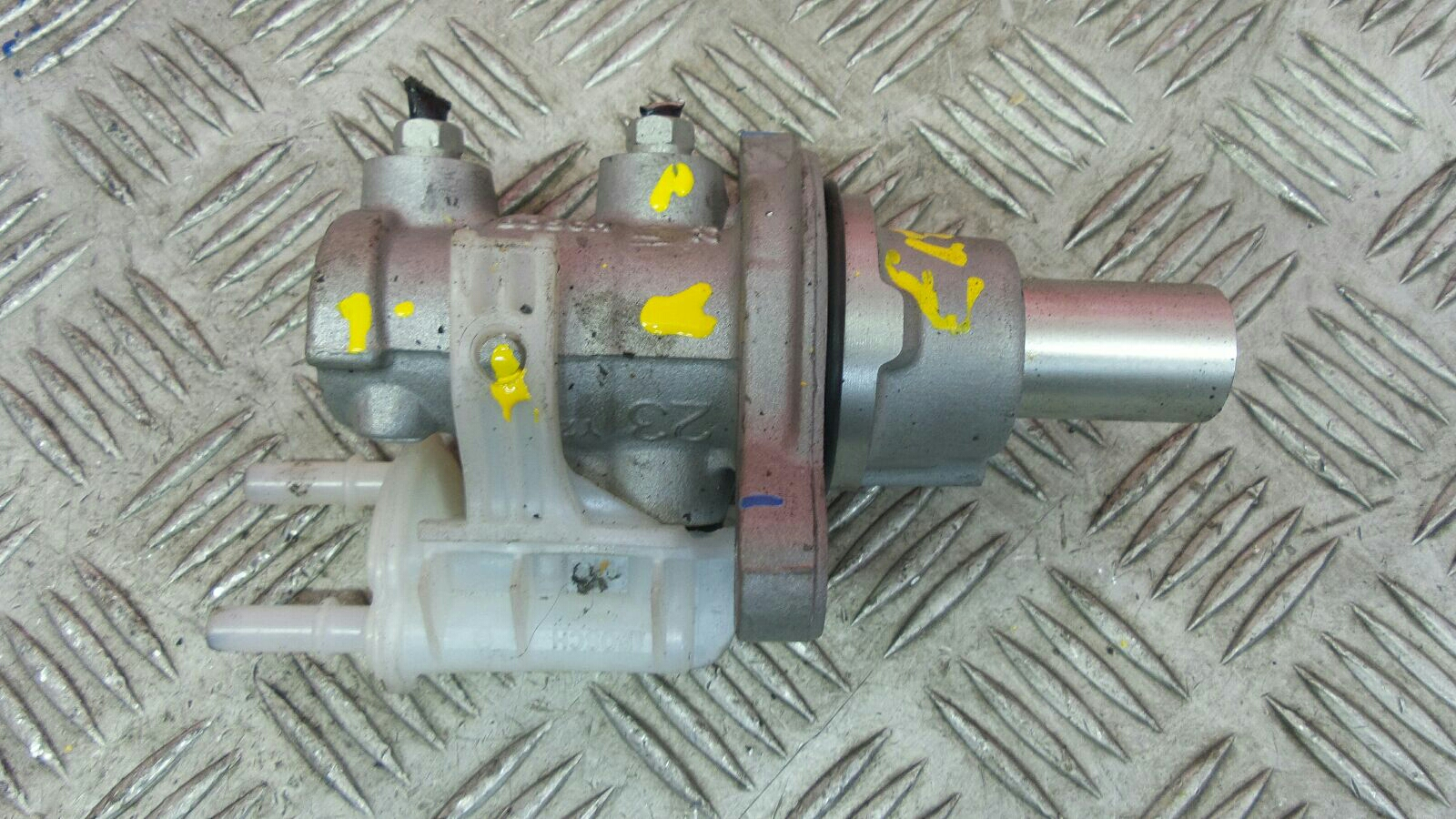 View Auto part Master Cylinder Vauxhall Corsa 2015
