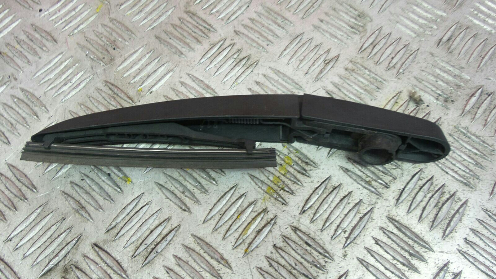 View Auto part Wiper Arm Citroen Ds5 2013