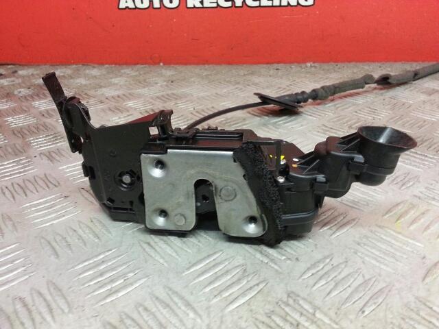 View Auto part Door Lock Assembly Renault Captur 2015
