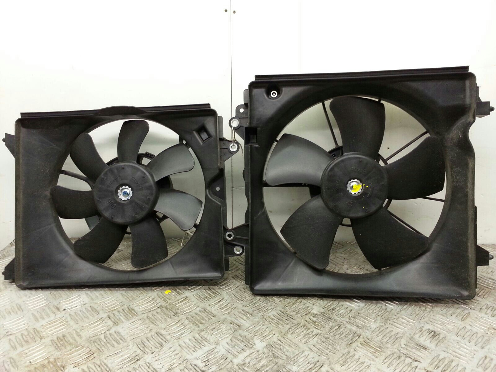 View Auto part Engine Cooling Motor Honda Civic 2014