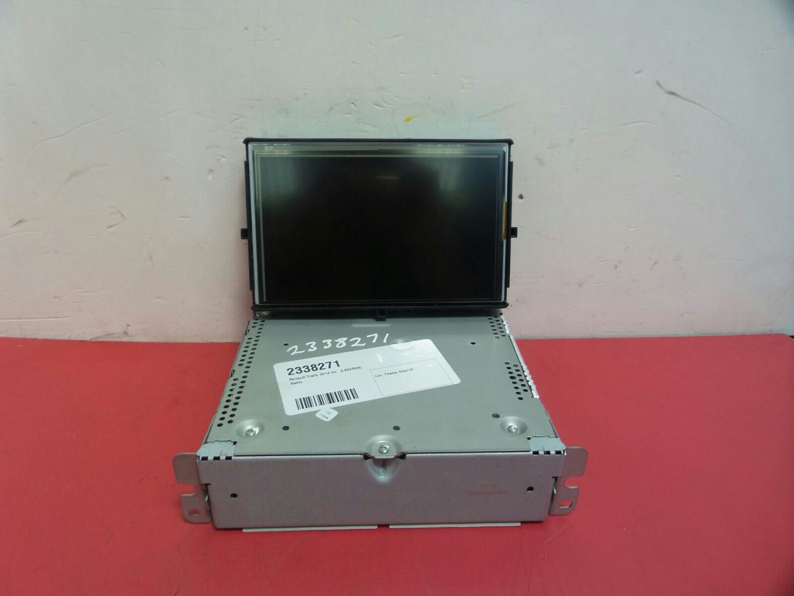 View Auto part A/V Equipment Renault Trafic 2016