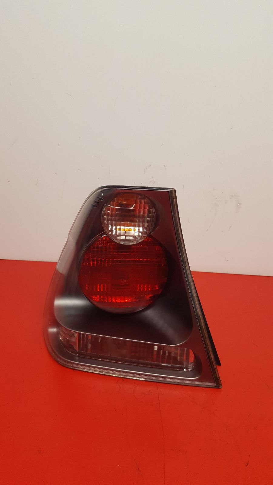View Auto part L Taillight Bmw 3 Series 2004
