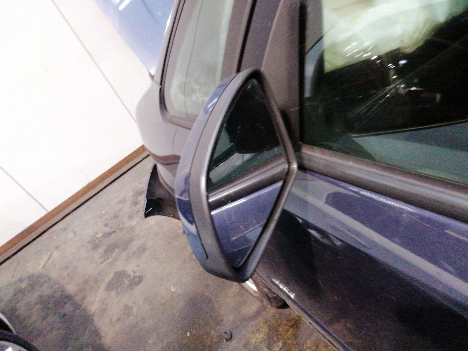 View Auto part L Door Mirror Vauxhall Meriva 2009