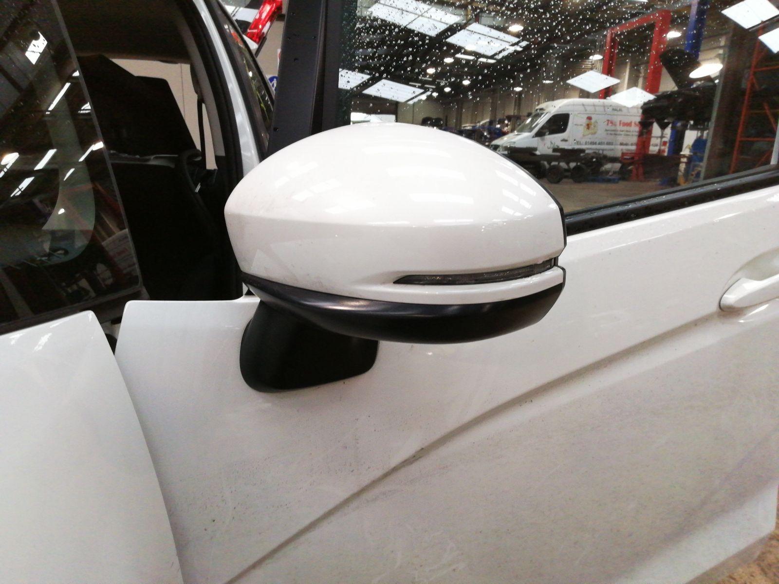 View Auto part L Door Mirror Honda Jazz 2017