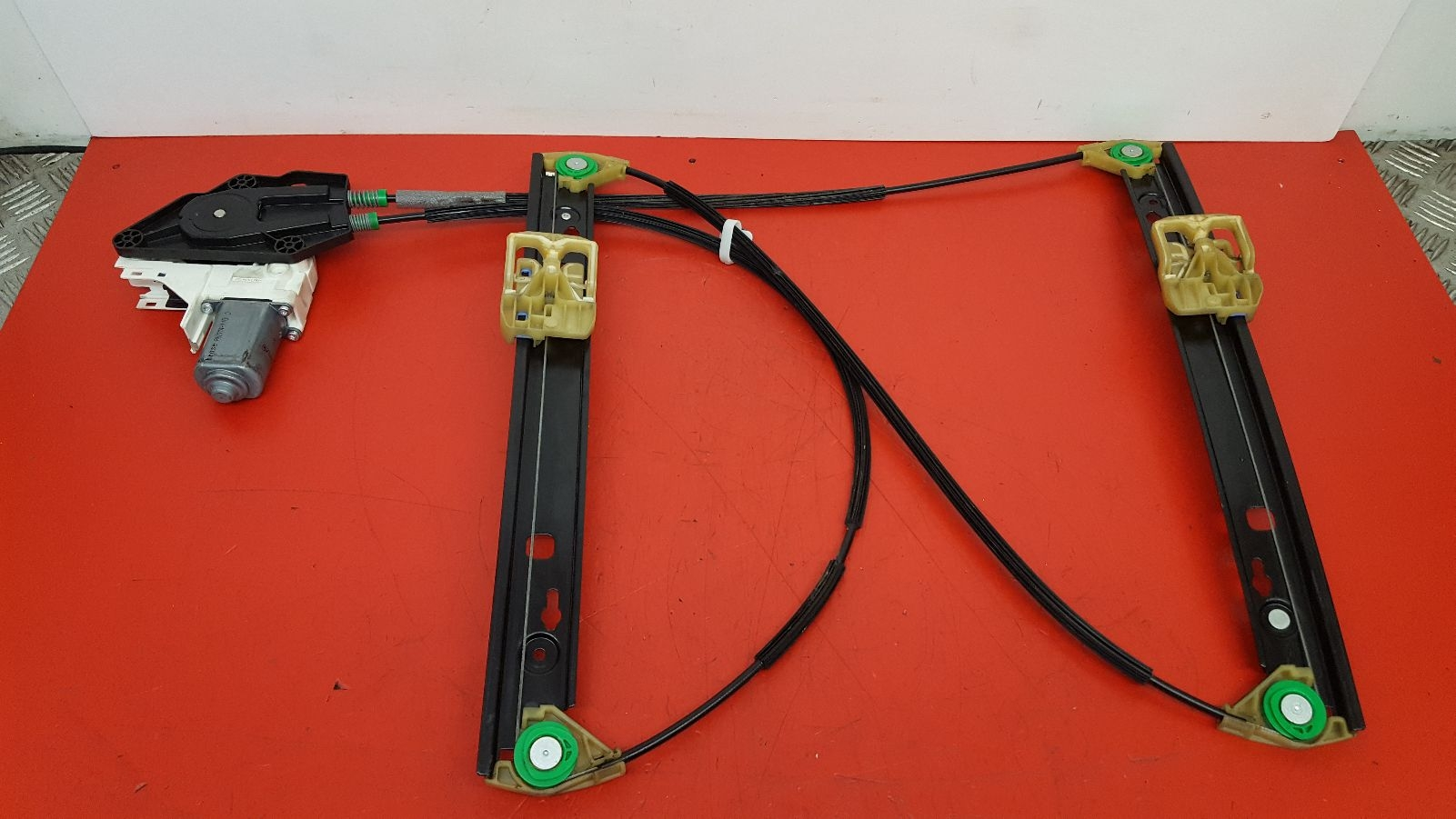 View Auto part LF Window Regulator Audi A1 2011
