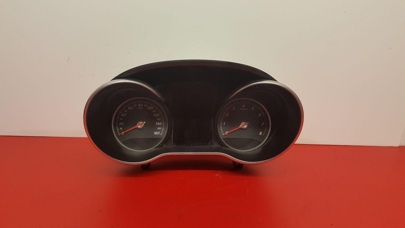 View Auto part Speedometer Mercedes C Class 2014