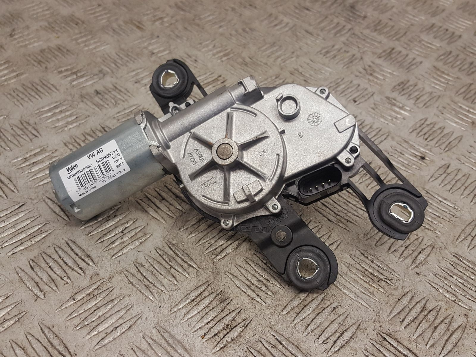 View Auto part Wiper Motor Rear Volkswagen Golf 2013