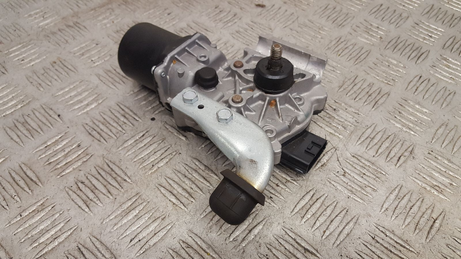 View Auto part Wiper Motor Front Renault Captur 2017