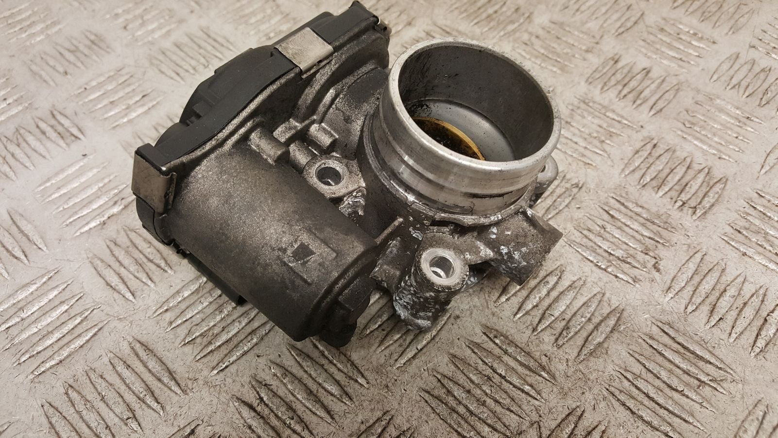 View Auto part Throttle Body Vauxhall Astra 2015