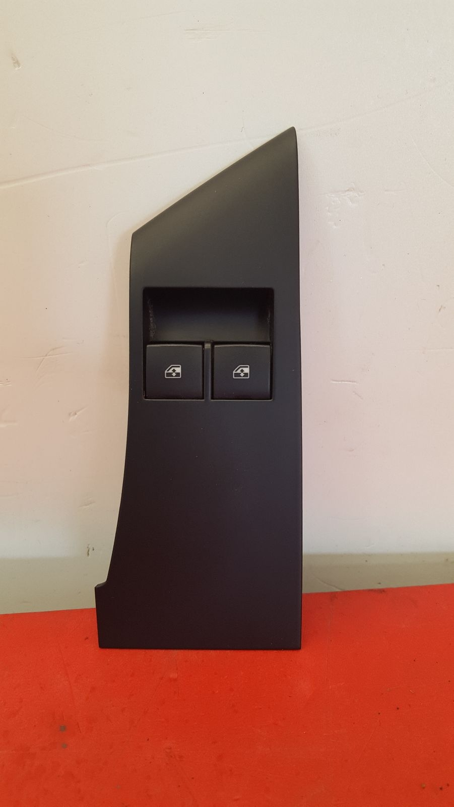 View Auto part Elect. Window Switch Vauxhall Astra 2010