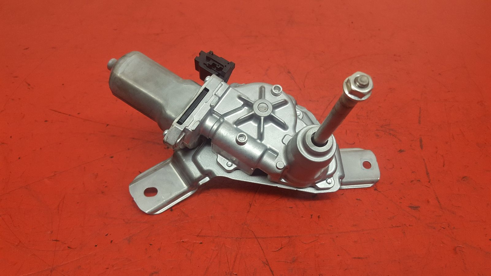 View Auto part Wiper Motor Rear Suzuki Celerio 2018
