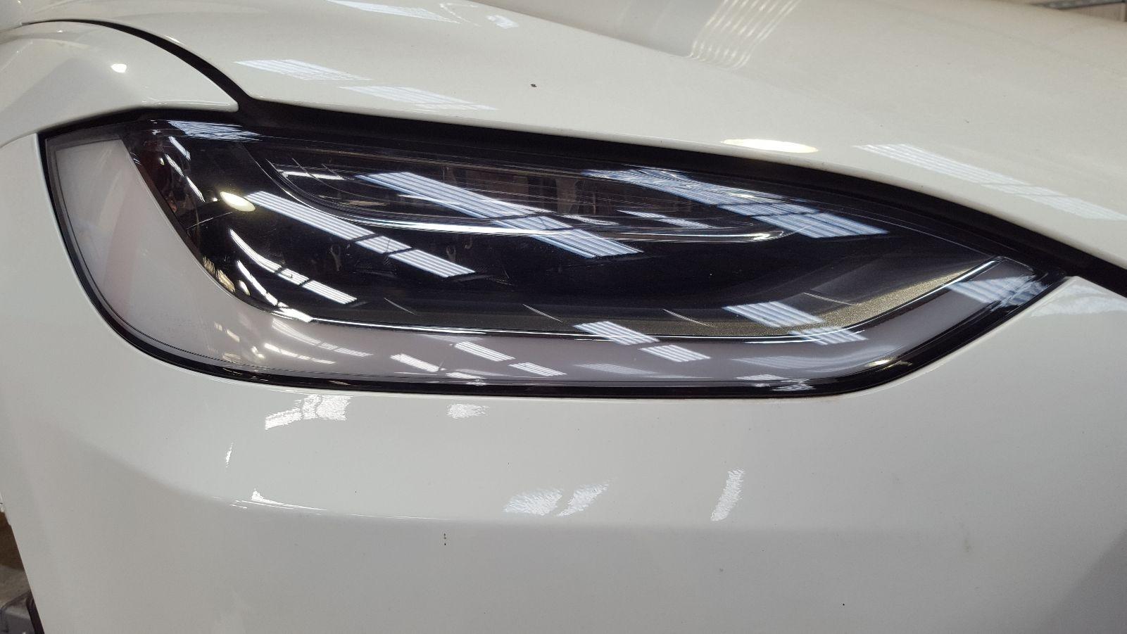 View Auto part R Headlamp Tesla Model X 2017
