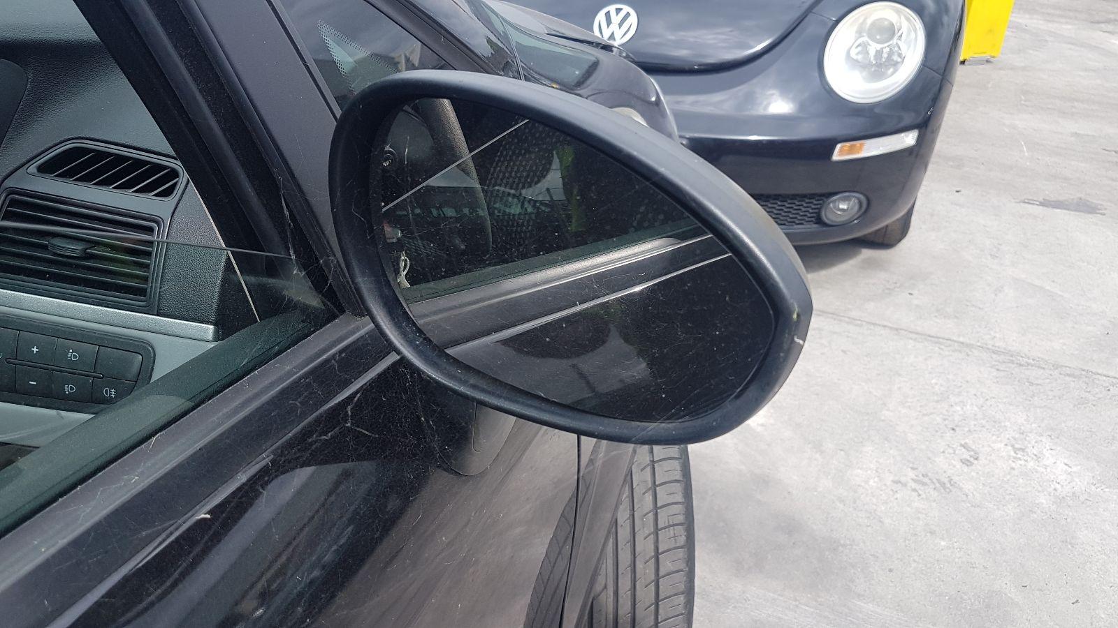 View Auto part R Door Mirror Fiat Grande Punto 2006