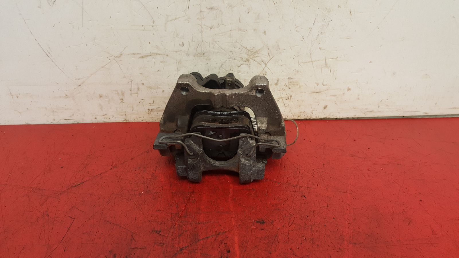 View Auto part Caliper Volkswagen Golf 2013