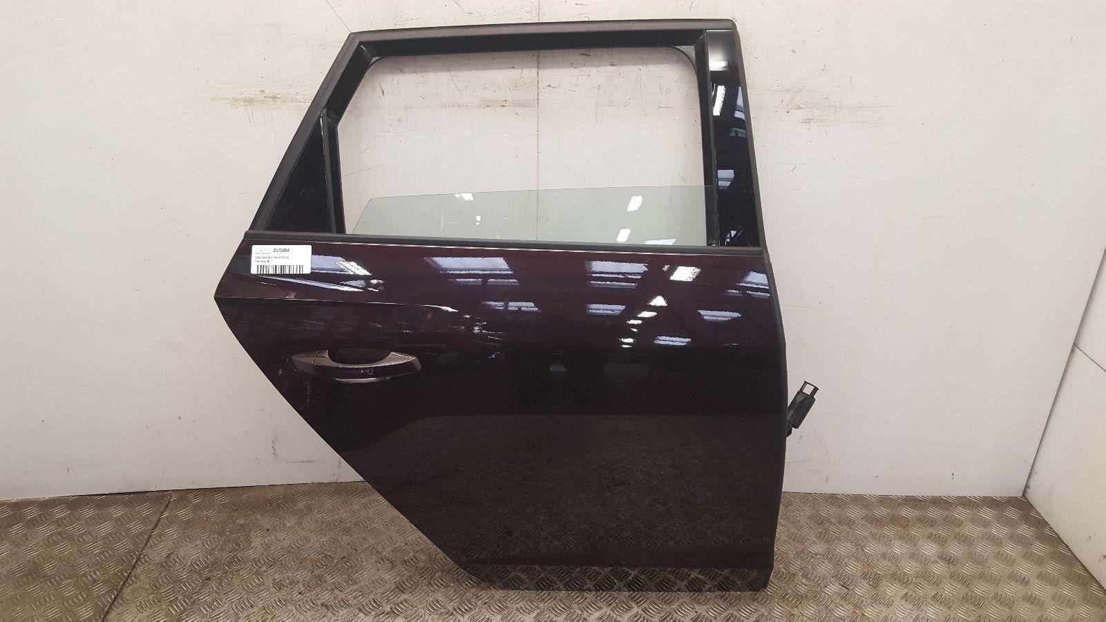 View Auto part R Rear Door Seat Leon 2018