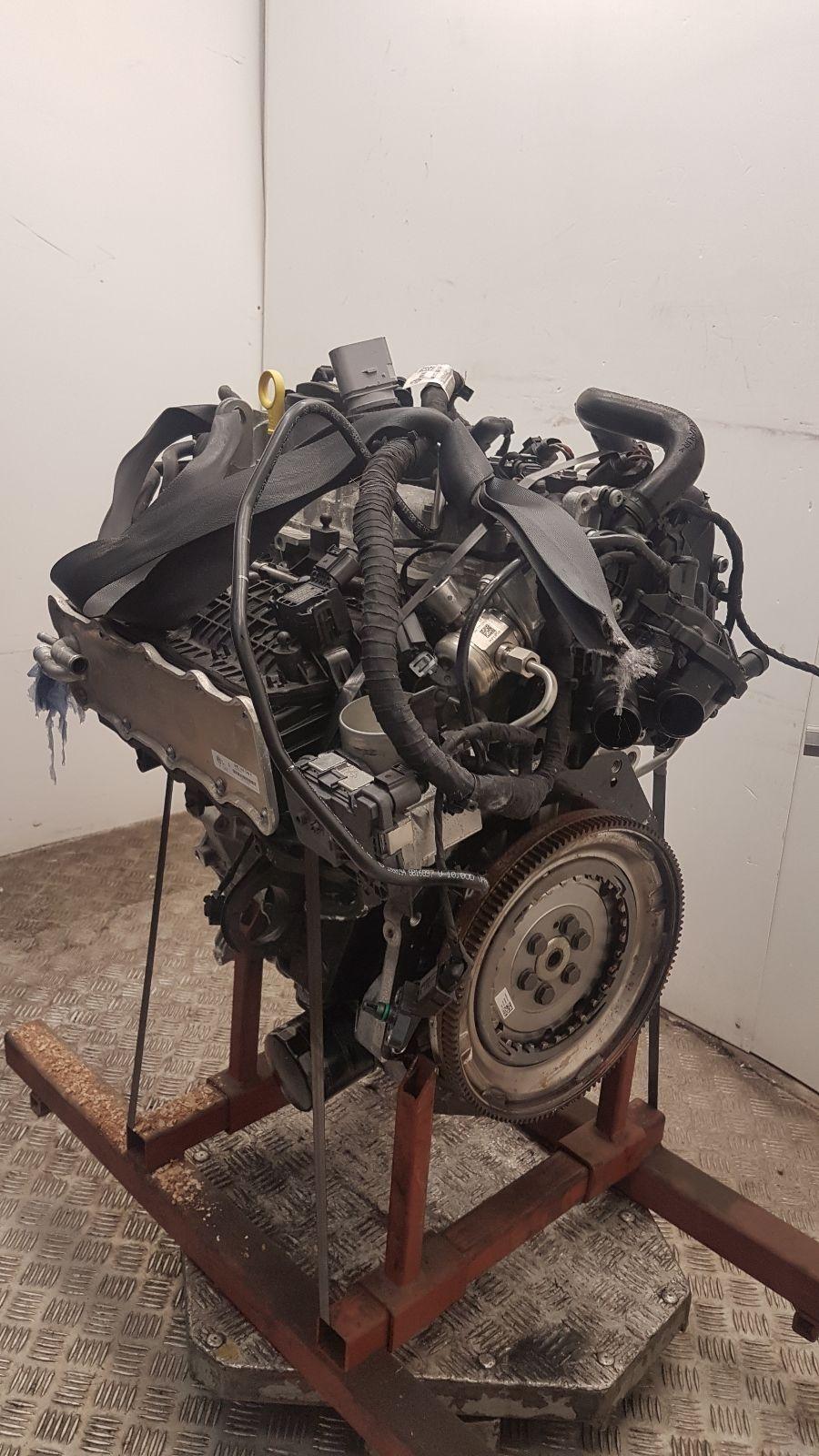 View Auto part Engine Volkswagen Golf 2017