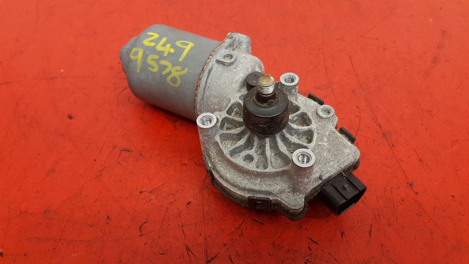 View Auto part Wiper Motor Front Toyota Yaris 2010