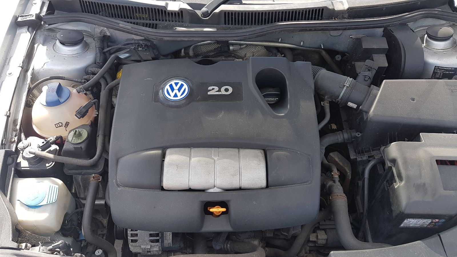 View Auto part Engine Volkswagen Golf 2002