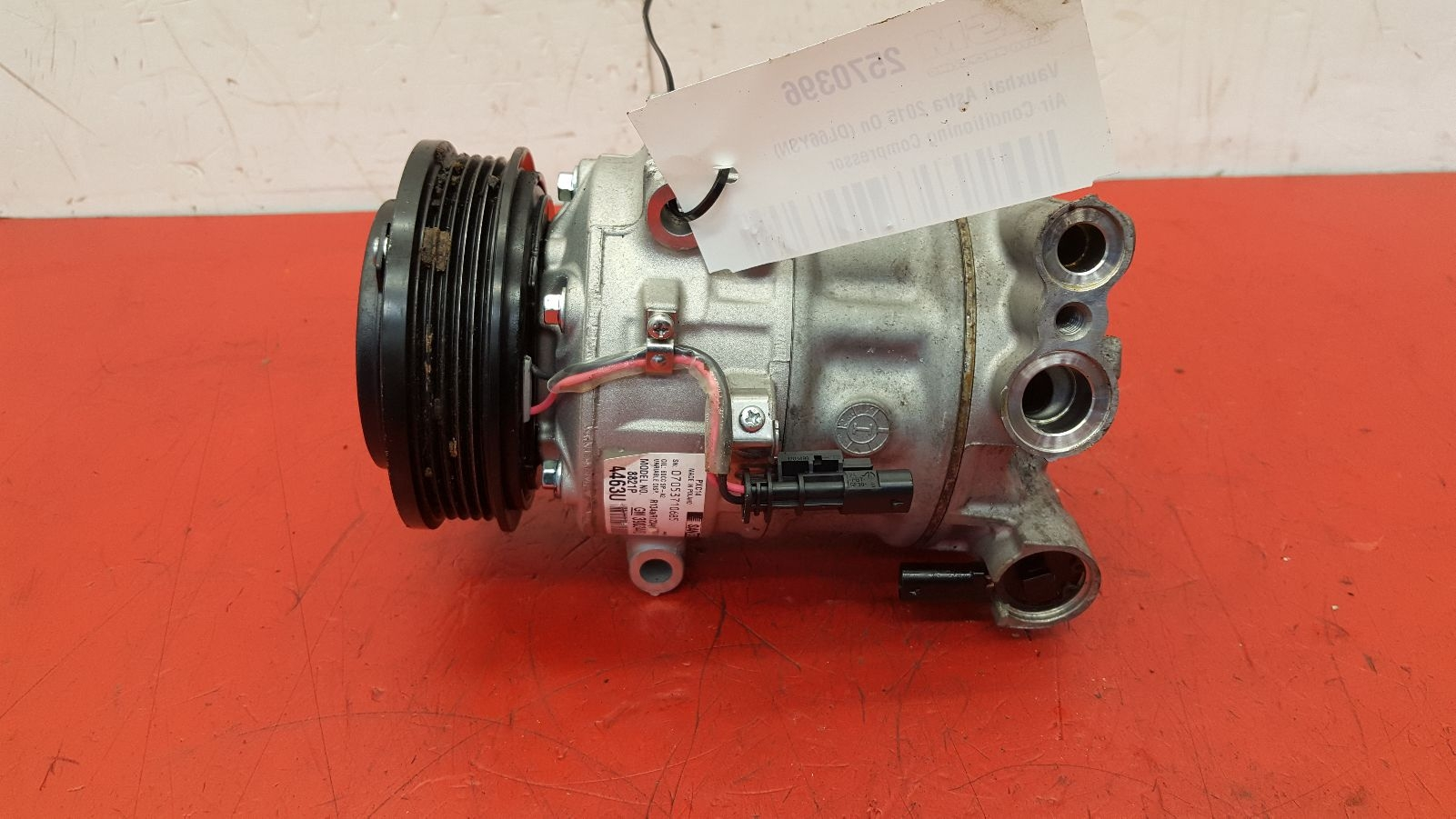 View Auto part Compressor Vauxhall Astra 2016