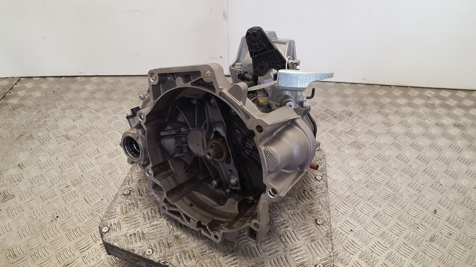 View Auto part Gearbox Volkswagen Polo 2019
