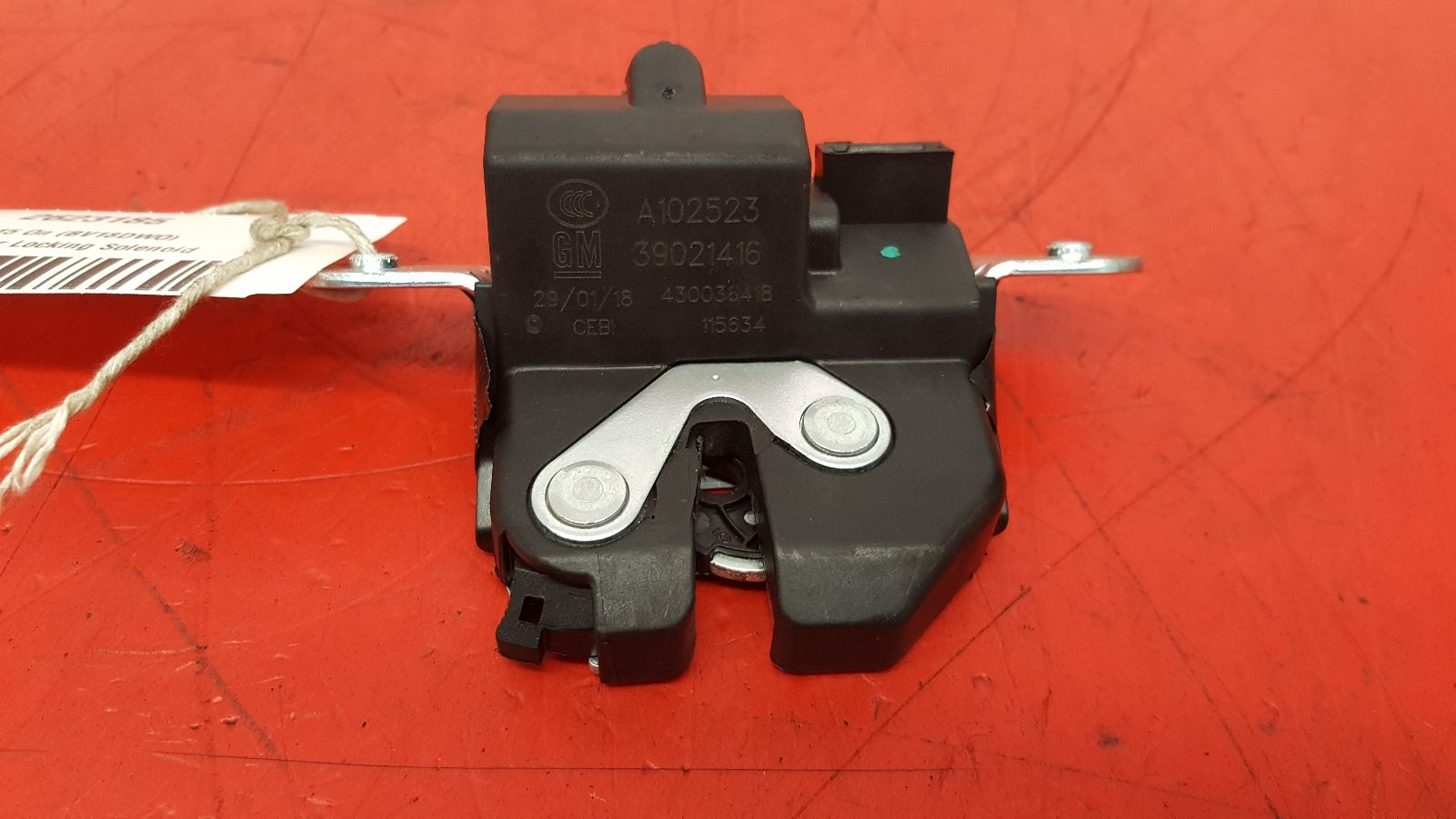 View Auto part Bootlid/Tailgate Lock Vauxhall Astra 2018