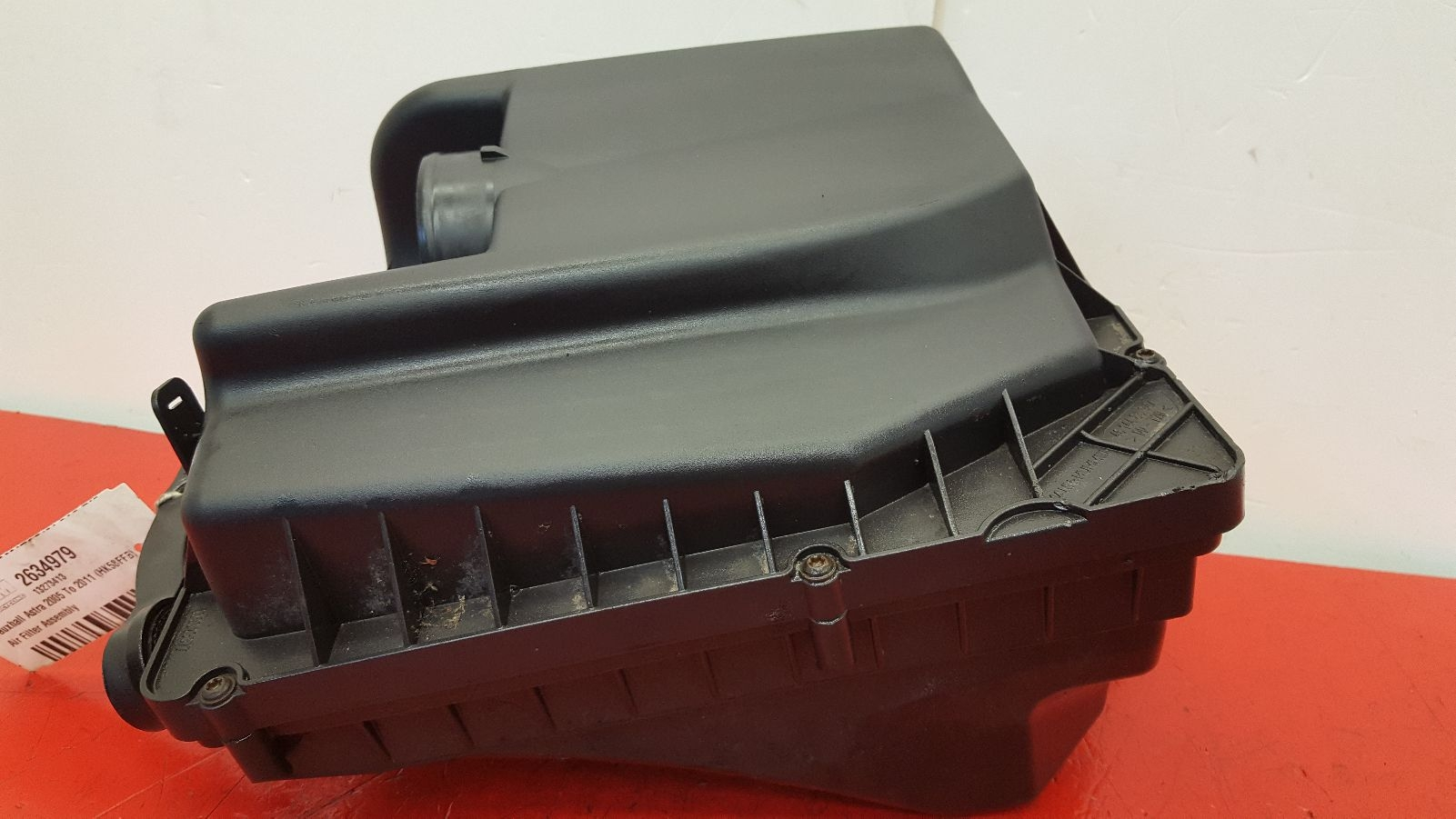 View Auto part Air Cleaner/Box Vauxhall Astra 2009